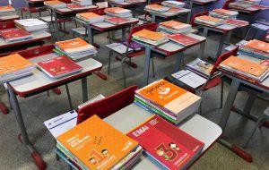 kits-escolas-300x190